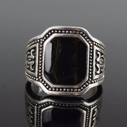Wholesale Sterling Silver Man 11 - Size 7-11 New Classic Men Rings 925 Sterling Silver Ring Vintage Jewelry Big Black Enamal Punk Rock Simple Ring Wholesale