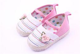 Wholesale Crib Shoes Flowers - Wholesale-2015 New Lovely Flower Baby Crib Shoes Soft Sole Newborn Shoes Prewalker Infants Girls Princess Shoes