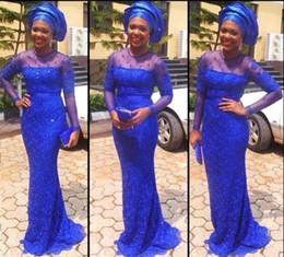 spitzen-nigerian-stil Rabatt Stile Frauen Abendkleider 2018 Königsblau Hochzeiten Tragen Formale Partykleider nigerianischen Spitzenstilen Langarm Abendkleid