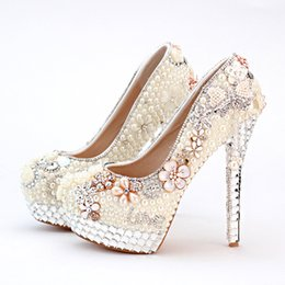 Wholesale Personalized Wedding Shoes - Personalized High Heel Ivory Pearl Bridal Shoes Wedding and Brideal Shoes with Tassel Lo Shape Evening Prom Party Platforms