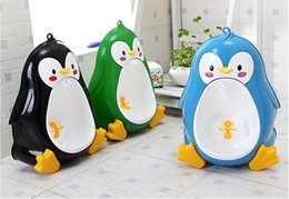 Wholesale pee potty - Frog Children Potty Toilet Training Kids Urinal For Boys Pee Trainer Portable Wall-hung Type Boy Kids Toilet Leakproof Children Potty Brush