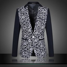 flower blazer jacket Rabatt Freies verschiffen 2016 Neue Ankunft Herbst Blazer  Männer Casual Anzug Mode Blumendruck 3f2911be70