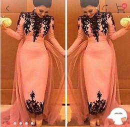2019 applique noire sexy moyen-orient 2019 Nouveau col haut Black Lace Appliques robes de soirée Dubai Moyen-Orient Formelle Robes de soirée Spécial Robe Occasionnelle 268 applique noire sexy moyen-orient pas cher