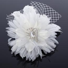 2019 fascinadores lindos Frete Grátis Handmade Flor De Noiva Acessórios Para o Cabelo Com Talão De Cristal E Net Bonito Partido Prom Acessórios Fascinators Barato Branco fascinadores lindos barato