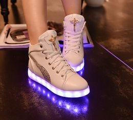 Wholesale Led Round Grow Light - Fashion 8 Colors LED Shoes Spring Autumn Winter High Top Growing Shoes For women Luminous Shoes White   Black Light Up Shoes