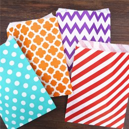 Wholesale Treat Box Wholesale - treat candy bag high quality 250pcs  Lot Party Favor Paper Bags Chevron Polka Dot Stripe Paper treat food Bags Bakery Bags