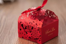 Wholesale Chocolate Candy Gifts - Wedding Favors Boxes Gift Boxes Candy Box Party Favors Hollow Wedding Candy Box Favor Chocolate Boxes candy bags cake boxes