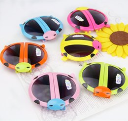 Wholesale Baby Girls Glasses - Boy and girls kids Cartoons Fold the beatles ladybird children sunblock UV Kids sunglasses Cartoons Fold the beatles ladybird Baby glasses