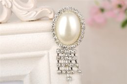 Wholesale Cheap Wholesale Rhinestone Brooches - High Quality Pearls Rhinestone Brooches Elegant Women Jewelry Wedding Party Evening Formal Occasion Clothing Accessories Pins Brooches Cheap