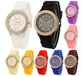 Wholesale Diamond Jelly Candy Silicone - Hot Geneva Silicone Womens Watch Crystal Diamond Candy Jelly Wristwatches Unisex Mens Womens Quartz Luxury Watches Geneva Wholesale