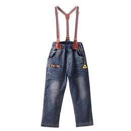 Jungen hosen hosenträger online-Einzelhandel 2019 Jungen Overalls Mit Mode Tasche Herbst Jungen Kleidung Hosenträgerhose Großhandel Kinderkleidung SP81017-3