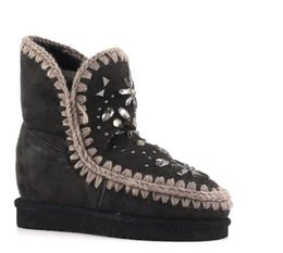 Wholesale Wedge Snow Boots For Women - 2017 Eskimo Snow Mid-Calf Boots Fur Material Super Warm 2.5cm Platform inner wedge with Rhinestone Flower EVA Sole Shoes For Women