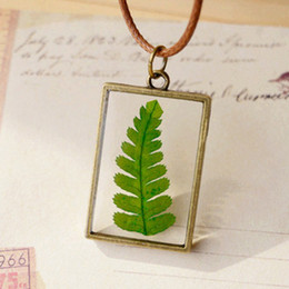 Suéter fresco online-Fresh Green Plant Real Necklace Rectángulo de encanto colgantes de vidrio hechos a mano Long Beautiful Mom Sweater Necklace Forever New Necklaces nxl045