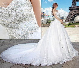 Wholesale Swarovski Strap - 2015 Newest Luxury bride dress Sweetheart Swarovski crystals Applique Bead cathedral wedding dresses Bride Gowns romantic dress for wedding