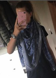 Wholesale animal pashmina - zhu 2018 RAINBOW SHAWL M78684 classic cotton pashmina scarf shawl women metal silk scarf printing scarf wraps 140*140