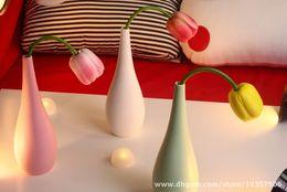 Wholesale Modern Decoration White Vase - Modern Porcelain Tulip Vase Table Lamp Pink White Green Creative LED Lighting Light USB Desk Lamp Bedroom Sitting Room Decoration