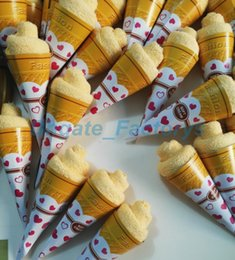 Wholesale Towel Cake Love - 2015 New Creative Swiss Roll Towel Love Heart Cake Towel 20*20cm Mini Towel Wedding Souvenir Ice Cream Kid Gift Cute Home Ornament JF-658