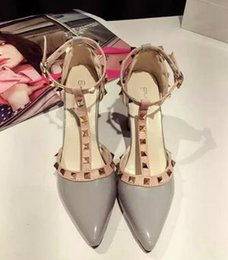 Wholesale W C Cover - Fashion New Korean 4 Colors Women Pointed Toe Flat Shoes Studded Ballet Flarivets girls sexy pointed toe shoes buckle Free shipping