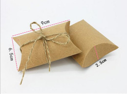 Wholesale Christmas Candy Gift Boxes - 50pcs New Style Kraft Pillow Shape Wedding Favors and Gifts Boxes Candy Box With hemp Ribbon Party Decoration