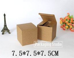 Wholesale Candle Gift Pack - kraft Paper Boxes Gift Craft Packing Cosmetic Bottle Candle Packaging Custom Cardboard Box 7.5*7.5*7.5cm Free Shipping