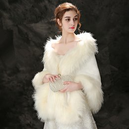 Wholesale Winter Wedding Dress Faux Fur - Jane Vini Beige Red Faux Fox Fur Wraps For Wedding Bolero Jackets Evening Dresses Cape Stoles Coat Bride Fur Shrug Shawl 2018 Winter