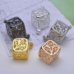 Wholesale Picture Lockets - Cute Floating Locket Pendant Necklace Openable Locket Charm Square Picture Or Photo Locket Pendant For DIY Charm Necklace