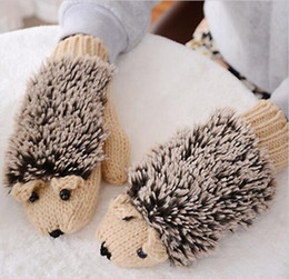 Wholesale Gloves Cartoon - New Attracive Autumn Winter Gloves Women Mittens Cute Lovely Cartoon Knitted Hedgehog Glove Guantes Tacticos Girls Luva JIA551