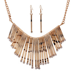 Wholesale wholesale nigerian jewelry - African Europe and America Jewelry Sets pendant Necklaces Gold Silver Necklace Earring Crystal Nigerian Women Wedding Accessories