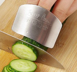 Wholesale Gadget Guard - Stainless steel hand protector Finger guards Kitchen gadget cooking tools protect finger hand not to hurt