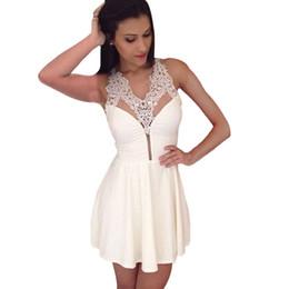 Weißes häkeln rückenfreies kleid online-Weiß Party Kleider Crochet Neckholder Backless Sexy Club Kleid Short Skater Dress Sommerkleider 2015 FG1511