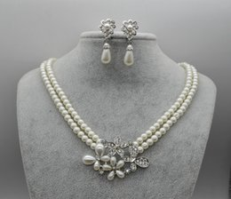 Wholesale Jewelry Faux Pearl Necklace - Wholesale Pearls Bridal Jewelery Necklace Earrings Sets with Faux Pearls Prom Party Wedding Crystal Jewelery Bridal Accessories Cheap