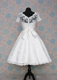 Wholesale Wedding Dress Removable Short Sleeve - 2015 Vintage Short Wedding Dresses Short Sleeve Scoop Neckline Removable Sash A-Line Lace Tea Length Wedding Gowns Real Image Hot Sales