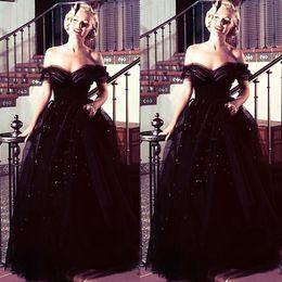 Celebridade vestidos de noite vestidos de baile on-line-Marilyn Monroe oscars preto Do Vintage Off Shoulder Árabe À Noite Vestidos de Baile Vestidos de Baile Tule Lantejoulas Nova Chegada Celebridade Vestidos de Festa
