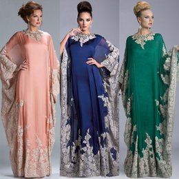 Wholesale Wedding Gowns Muslim Brides - 2016 New Muslim Mother Of The Bride Dresses For Wedding Crew Neck Appliques Long Sleeves Chiffon Coral Green Blue Mother Evening Gowns