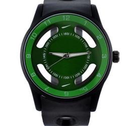 Reloj de pulsera de cuarzo con banda de silicona para hombres de marca NI Brand con logotipo N06 desde fabricantes