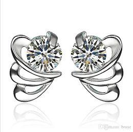 Coreano coração forma brinco on-line-Brincos temperamento feminino coreano moda zircão em forma de coração brincos de borboleta feminino jóias atacado personalizado