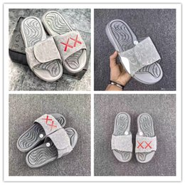 Wholesale Glow Dark Tops - 2017 Top Real Summer KAWS X Retro 4 Slippers Glow In Dark XX Slippers Hydro IV 4s Sandals Mens Sports Casual Slides Slipper Size 40-46