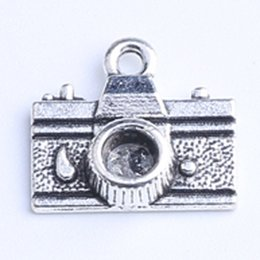 Wholesale Metal Charms Pendants Silver Camera - 2015 DIY Retro Silver Copper Camera Pendant Fit Bracelets Necklace Metal Jewelry Making 350pcs lot 742w