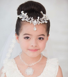 Wholesale Kids Gift Wear - Luxury Crystal Pearls Kid Head Wear Pieces For Party Costume Ball Girl Birthday Gifts Jewelry Kids Accessories