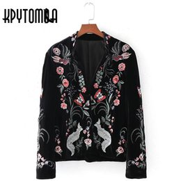 Wholesale Velvet Embroidered Coat - Wholesale- Vintage Ethnic Floral Animal Embroidered Velvet Jacket Women Coat 2017 New Fashion Autumn Cardigan Outerwear Casual Femme Coat