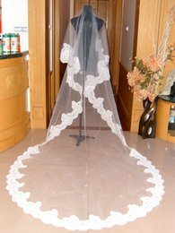 Wholesale Lace Pearl Meter - 2015 Wedding Veils for Bridal Wedding Dresses Cathedral Veils with Appliques One Layer Three Meters Long Veils with Pearls