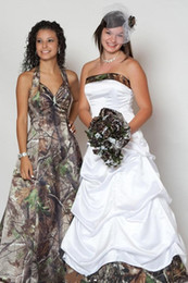 Wholesale modern wedding dress patterns - White Strapless Camo Wedding Dresses 2015 Floor Length Unique Camouflage Bridal Gowns Tiers with 3D Forest Pattern