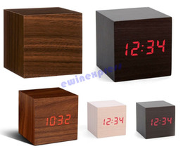 Wholesale Hot sale Wood Crafted Digital Led Display Time Temperature Alarm Cube Alarm Battery Clock Sound Control