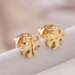 2019 orecchini in oro 18k per bambino Nuovo arrivo cave geometria rotonda Orecchino nelle donne 1.0cm regalo di nozze regalo gioielli PS6635A