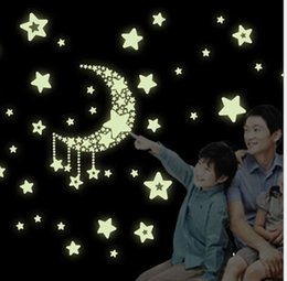 Wholesale Chart Stars - 2015 Eco-friendly PVC Fluorescent Luminous Wall Sticker Glow in the Dark Stars Decorative Wall Decal for Kids Rooms Decoration Wall Art