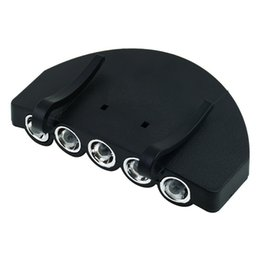 Venta al por mayor Fácil de llevar mini 5 LEDs Cap lámpara de clip en Hat luces LED Brim Lamp CR2032 batería para la pesca al aire libre BBO249 desde fabricantes