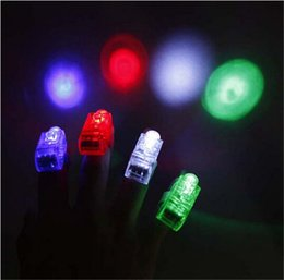 Commercio all'ingrosso 100 pz / lotto di plastica led finger light-up giocattoli led laser novità articoli Halloween bar evento festa forniture decorazione cheap plastic decoration items da oggetti di decorazione in plastica fornitori