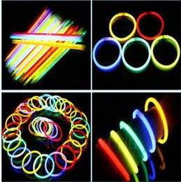 Wholesale Neon Necklace Sticks - Hot Rushed Sale 7.8 Inch Glow Stick Bracelets Necklaces Neon Party LED Flashing Light Wand Novelty Toy Vocal Concert Flash Sticks 0003CHR