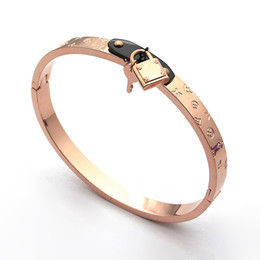 Wholesale Cheap Titanium Jewelry - Cheap wholesale fashion jewelry hang lock head key printing bracelet oval titanium steel ladies key bracelet