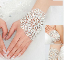 Wholesale Silver Dresses Bangles - Fashion Luxury Bridal Bracelet Wedding Jewelry Wrist Chain Bangles Elbow Accessories for Prom Girls Evening Party Dresses